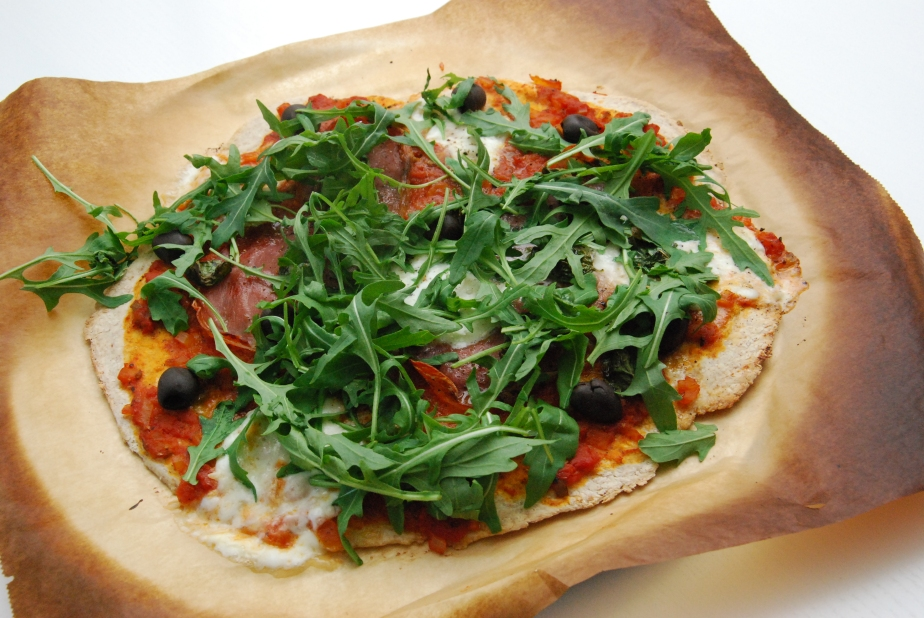 Pizza med skinke