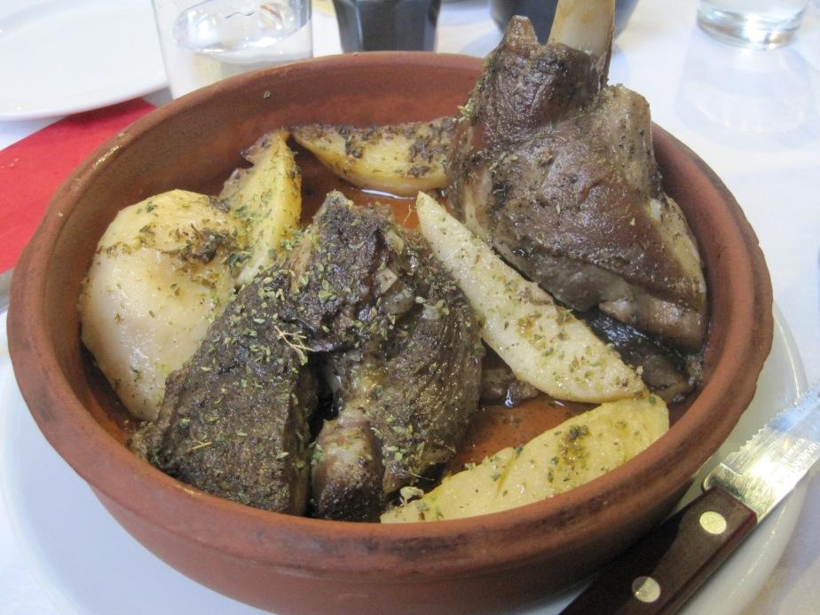 Lam med kartofler