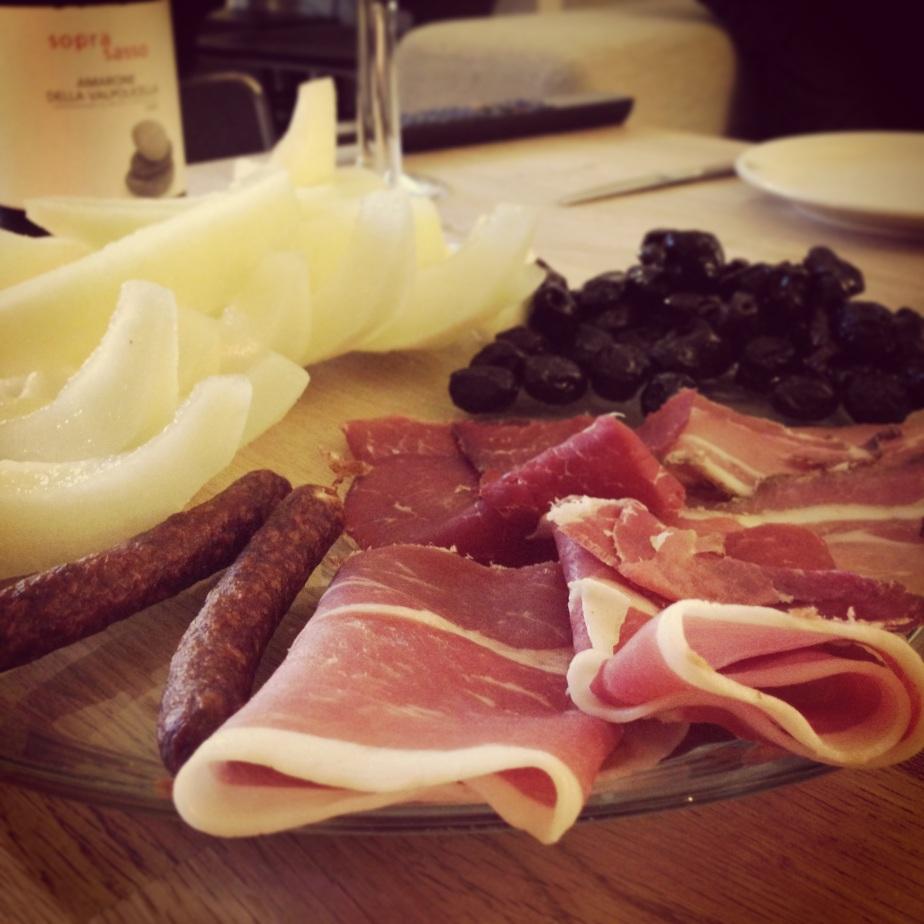Skinke og oliven